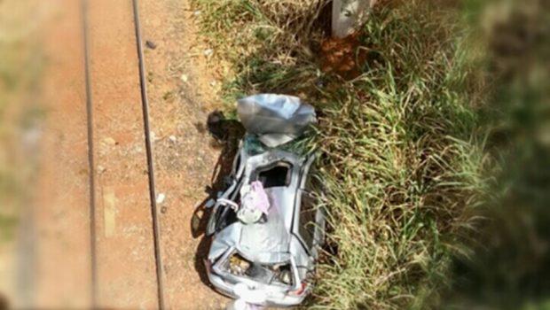Bebê de três meses morre após carro cair de viaduto na BR-040, em Valparaíso