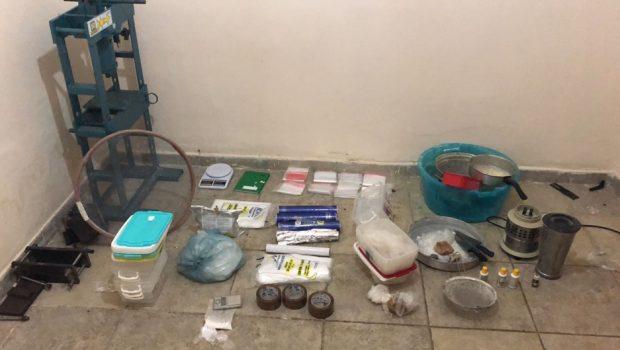 Rotam fecha laboratório de refino de cocaína no setor Parque Anhanguera, em Goiânia