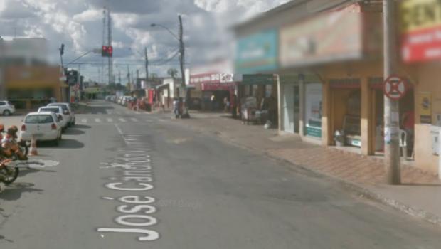 Idosa tem fratura exposta após ônibus passar sobre seu pé em Aparecida de Goiânia