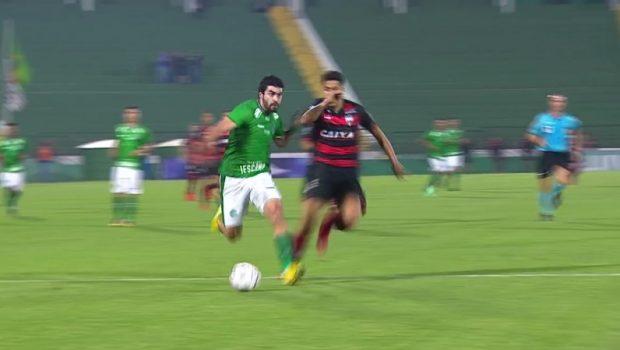 Guarani vence Atlético-GO em casa e cola no G-4 da Série B