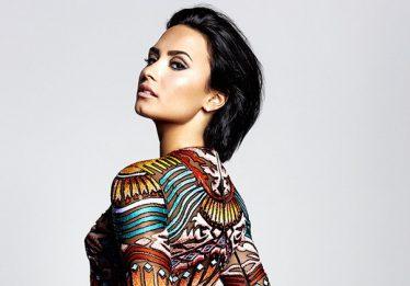 Demi Lovato se reinterna em clínica de reabilitação, diz site