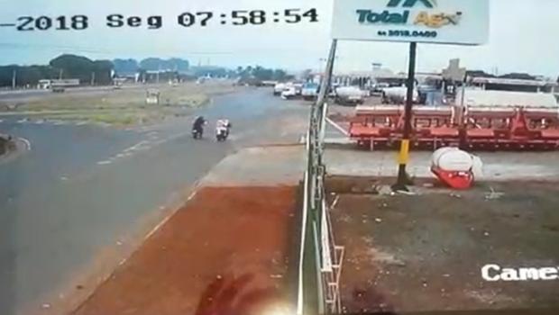 Câmera registra morte de mulher durante corrida com mototaxista em Rio Verde