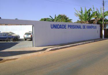 Juíza acata pedido do MP e interdita Unidade Prisional de Vianópolis por superlotação