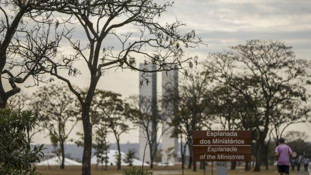Defesa Civil decreta estado de emergência em Brasília devido à seca