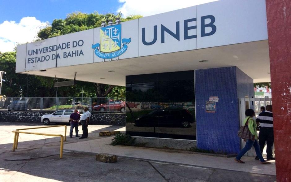 Resultado de imagem para Universidade do Estado da Bahia terá cotas para transexuais