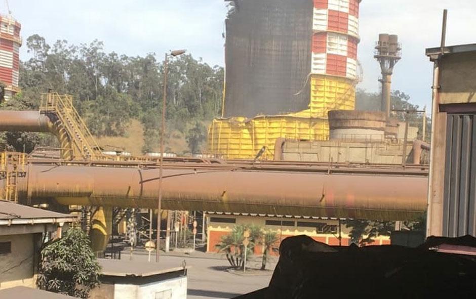 Usiminas não tem previsão para retomar produção plena em Ipatinga após explosão
