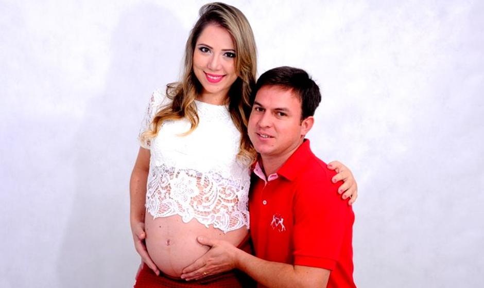 Justiça concede liberdade a marido que matou mulher grávida na frente do filho