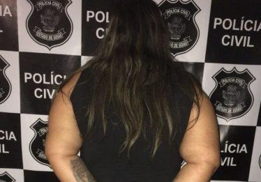 Mulher é presa com porção de crack dentro de guarda-roupa, em Ipameri