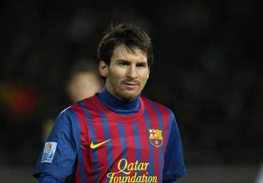 Messi faz três gols em goleada do Barcelona na Liga dos Campeões