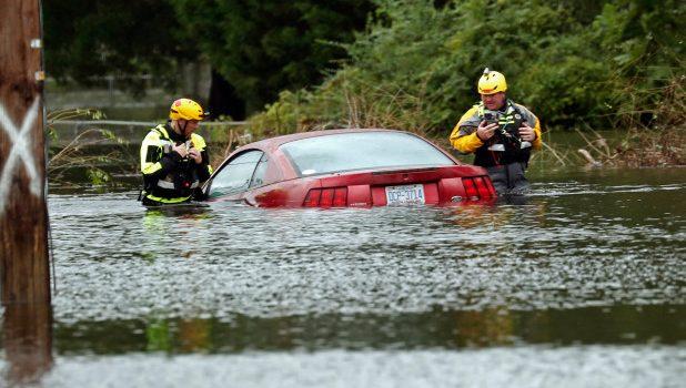 EUA se preocupa com cheia de rios enquanto Florence já deixa 11 mortos