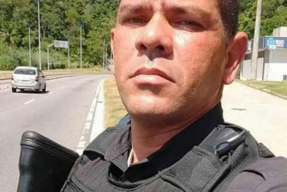 Policial militar é sequestrado por homens armados no RJ