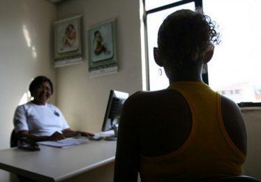 Lei que cria regime especial de atendimento à mulher vítima de violência doméstica é sancionada