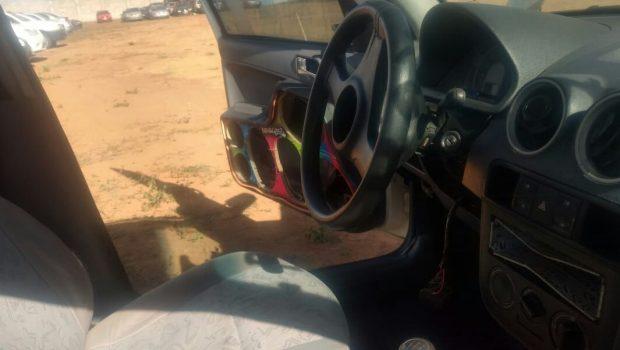 Donos de carros apreendidos denunciam furtos ocorridos em pátios do Detran e da PC no interior