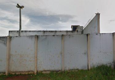 Sete celulares são apreendidos por agentes penitenciários do presídio de Catalão