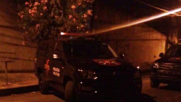 Dois são presos e um morre após confronto com militares do CPE, em Anápolis