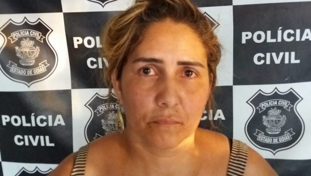 """Mulher conhecida como """"Rainha do Furto"""" é presa em Uruaçu"""