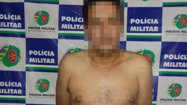 Homem é preso por tentar matar mulher com golpes de faca, em Aparecida de Goiânia