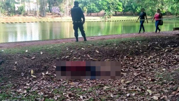 Durante passeio, casal encontra corpo no Parque Areião