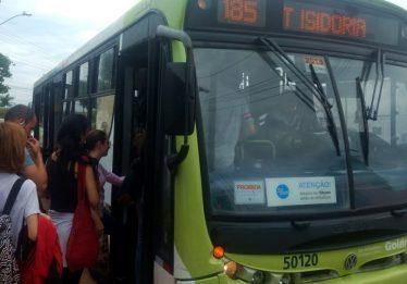 Alteração súbita em linha de ônibus revolta estudantes da região Sul da capital