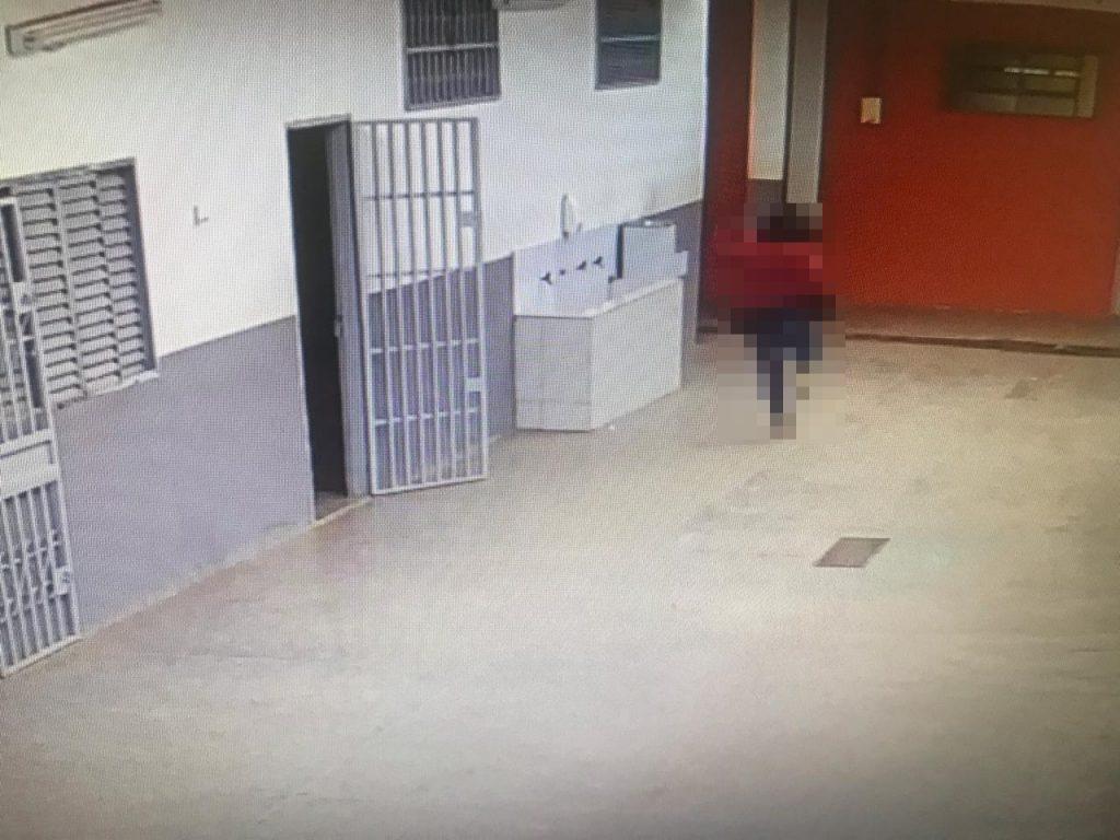 Professor é suspeito de forçar beijo contra adolescente dentro de escola em Cidade Ocidental