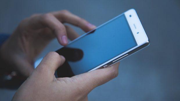 Sony é condenada a pagar multa a goiano por defeito de celular