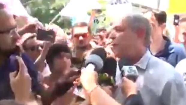 Ciro xinga e dá empurrão em homem durante entrevista em Roraima