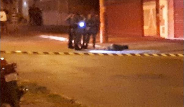 Dois homens morrem e um é preso após confronto com a Rotam, em Goiânia