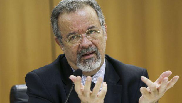 Segurança de candidatos será ampliada em 60%, diz ministro