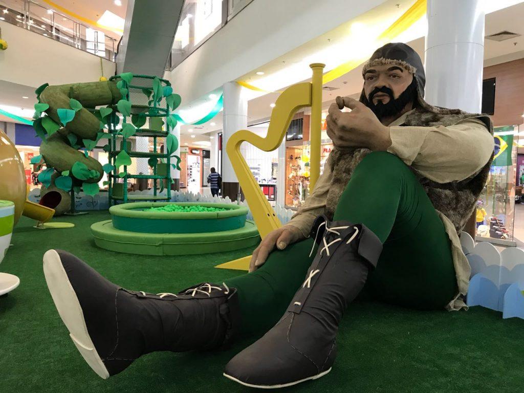 Parque João e o Pé de Feijão é atração em shopping de Goiânia
