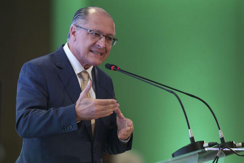 Após ataque a CPMF, Alckmin diz que Bolsonaro privilegia ricos com novo IR