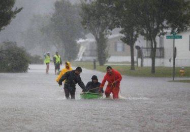 Sobe para 13 número de mortes causadas pela Tempestade Florence