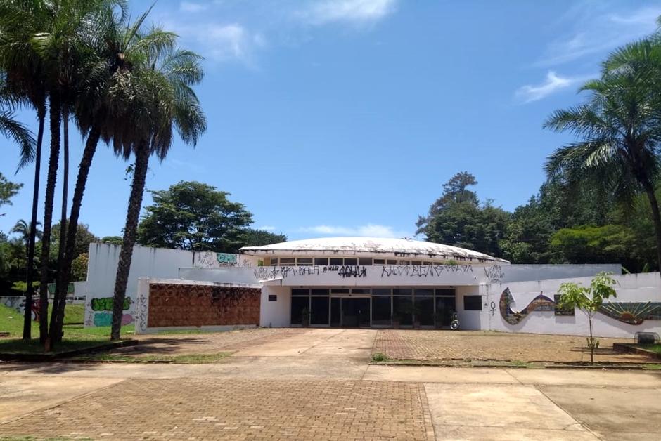No Dia Nacional do Livro, bibliotecas em Goiânia comemoram a data em meio ao descaso