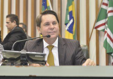 Bruno Peixoto é escolhido de Caiado para liderar o governo na Alego