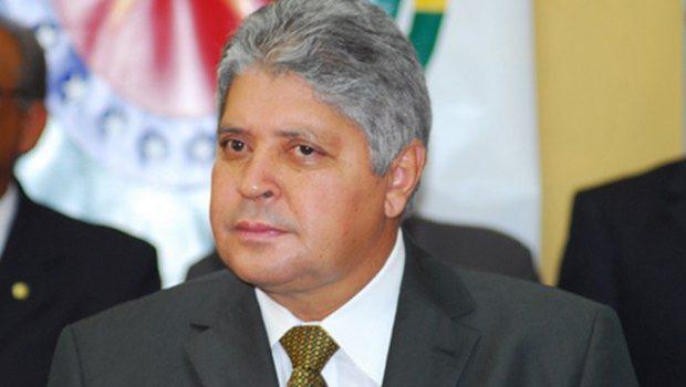 Alcides Rodrigues é condenado a 10 anos e 10 meses de prisão