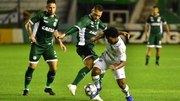 Goiás derrota o Juventude de virada e fica mais próximo de acesso
