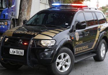 No Rio, PF cumpre mandado de busca em investigação de ameaça contra Bolsonaro