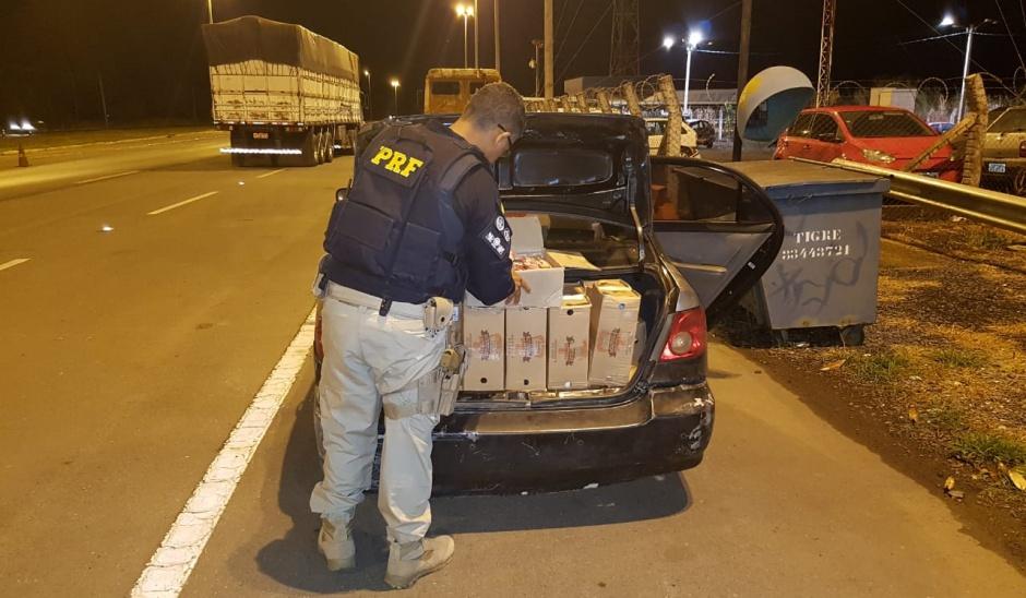 Homem é preso após ser flagrado transportando 382 kg de carne sem refrigeração, em Brasília