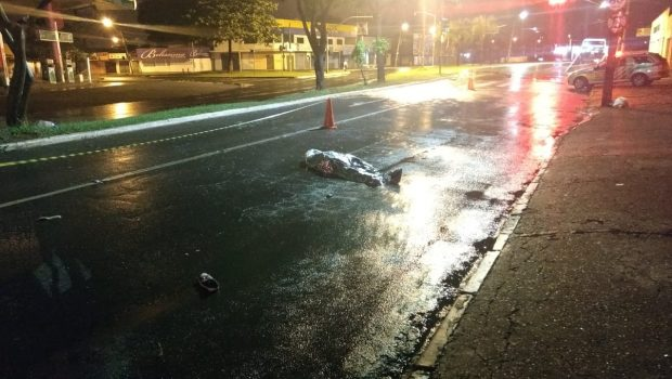 Homem morre após ser atropelado por motocicleta na Avenida T9, em Goiânia
