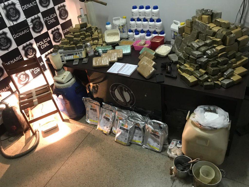 Ex-presidiário é detido em laboratório de refino de drogas no Setor São Judas Tadeu
