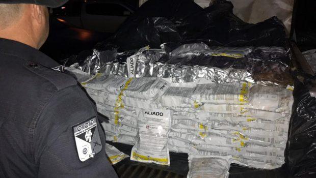 PM apreende duas toneladas de agrotóxicos contrabandeados em Mineiros