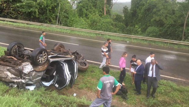 Deputado professor Alcides sofre acidente na BR-060