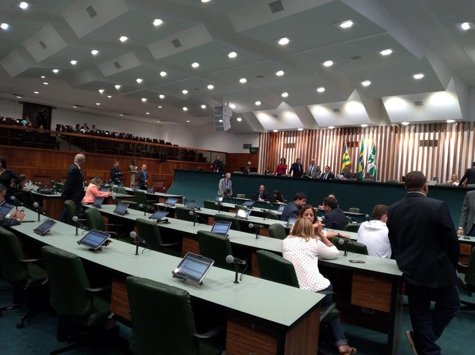 PEC para prorrogar Orçamento Impositivo é apresentada na Alego