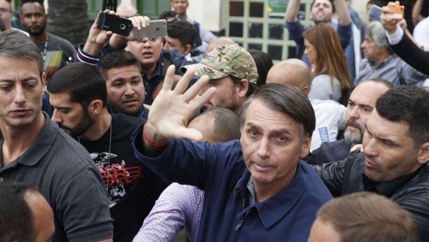'Estou confiante sobre 1º turno', diz Bolsonaro