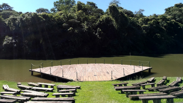 Visitantes do Jardim Botânico pedem revitalização do parque