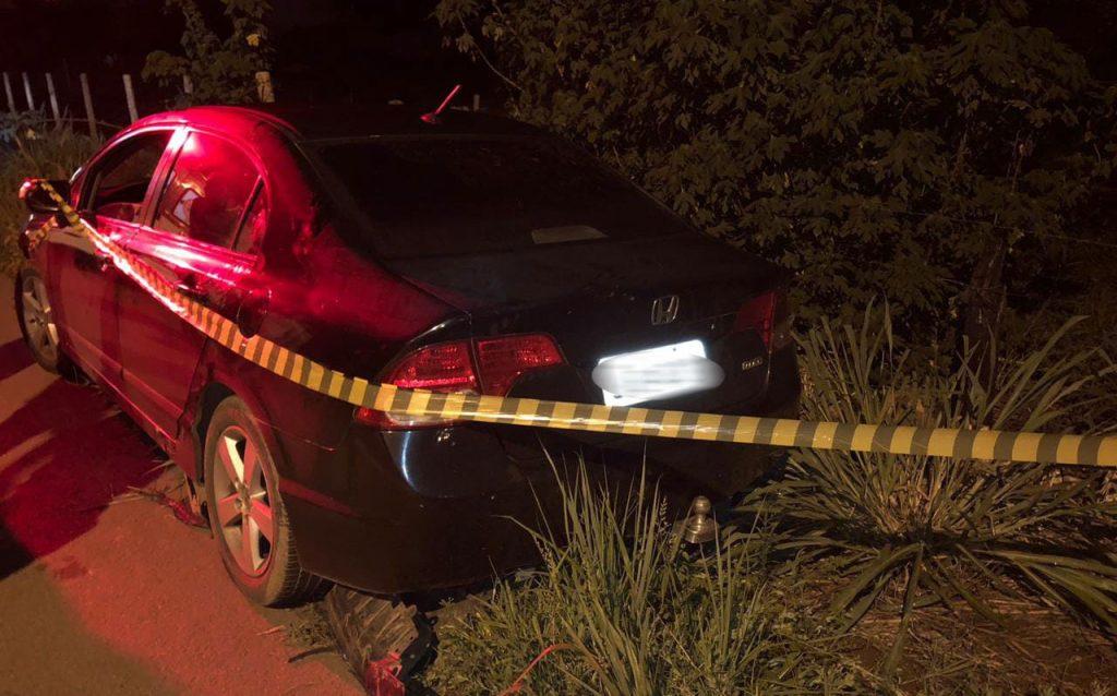 Homem é encontrado morto dentro de carro na GO-080, em Petrolina de Goiás