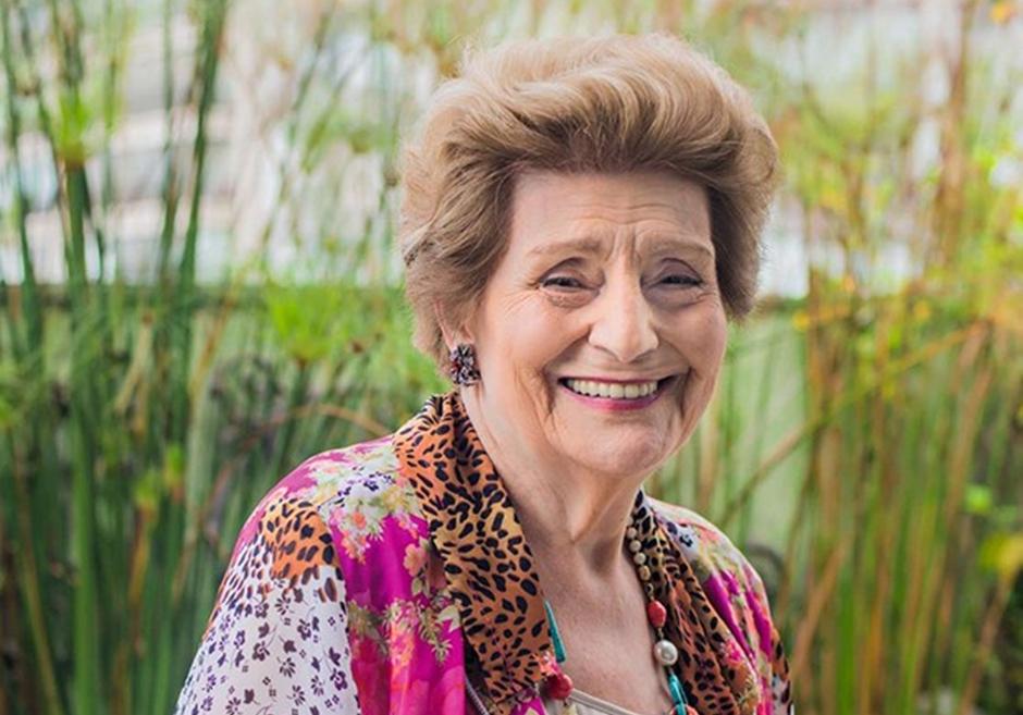 Resultado de imagem para Morre, aos 92 anos, a escritora Zibia Gasparetto