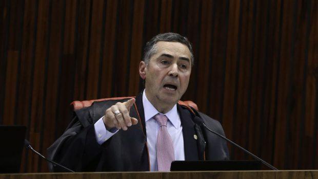 Sistema político brasileiro extrai o pior das pessoas, diz Barroso