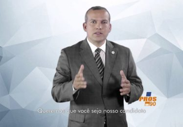 Presidente nacional do PROS, partido do vice-governador eleito, se apresenta à PF em Brasília
