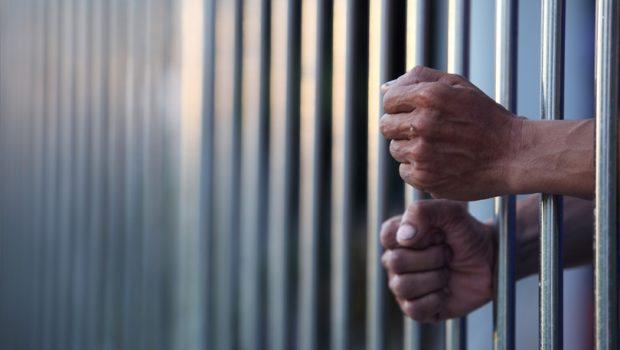 Presos são condenados por espancar e estuprar outro detento, em Cristalina