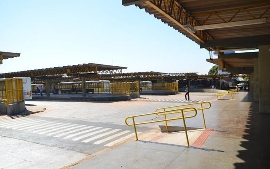 Secretaria de Saúde promove ação de prevenção a sífilis no Terminal Padre Pelágio, em Goiânia